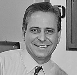 Dr. David Fuentes